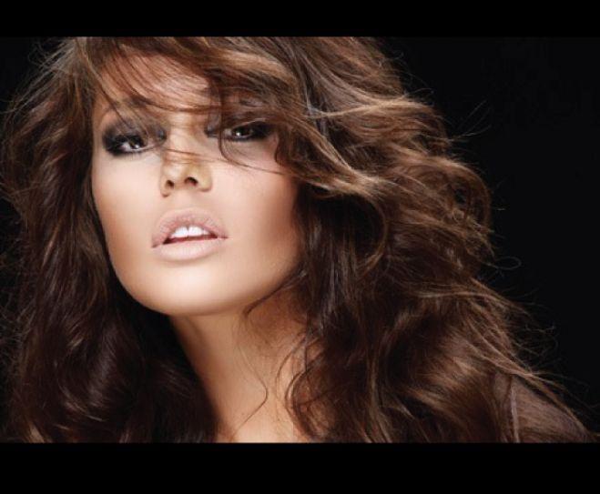 Accueil andrea coiffure salon de coiffure cabannes for Accueil salon de coiffure